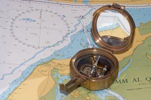mapa-i-kompas