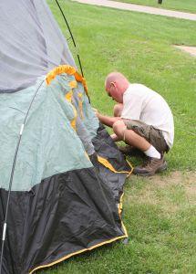 rozbijanie-namiotu